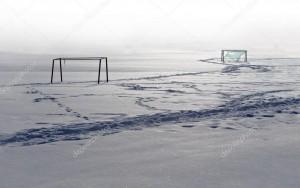 depositphotos_3054908-stock-photo-football-field-in-winter